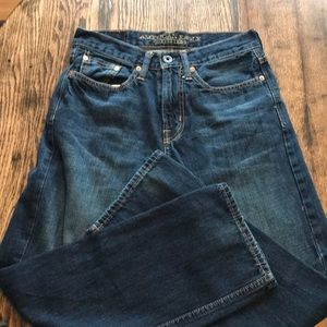 American Eagle relaxed Straight Jeans